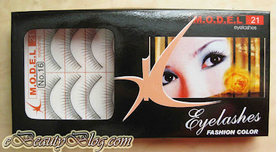 Model 21 false lashes