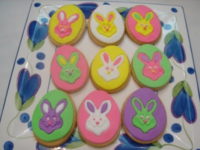 Yochana 39 s cake delight easter cookies for Anpanman cake decoration