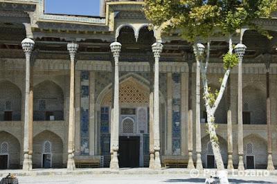 Bolo Hauz Mosque in Bukhara