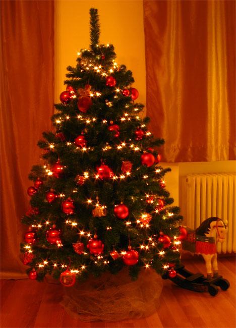 Γιατί γιορτάζουμε τα χριστούγεννα