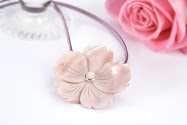 Affirmations flower pendant