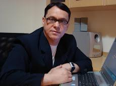 DR.DOUGLAS FERRARI