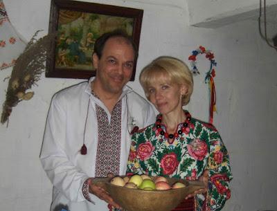 American Man Ukrainian Woman Met Online