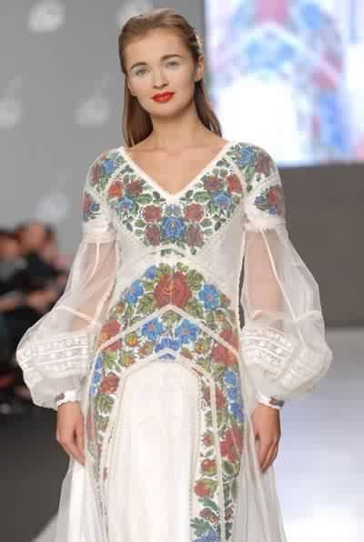 Дизайнер Роксолана Богуцька Україна Сукня нареченої