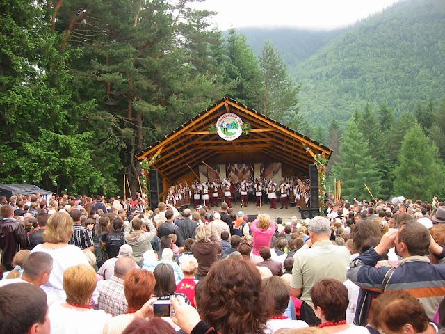 Polonyna Summer 2009 Hutsul Festival In Ukraine