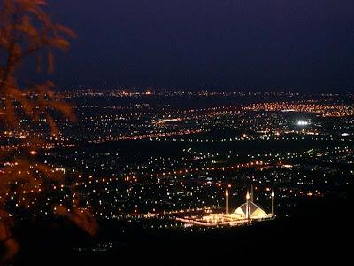 NightviewofFaisalMosqueareainIslamabad - ~* Pic Of The Day 23 Jan 10 *~