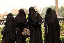 jadi kan lah hijab sebagai teman mu