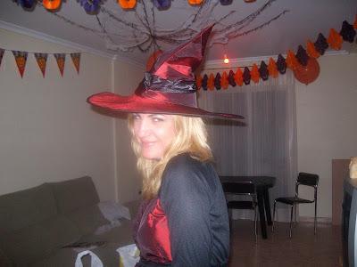 http://3.bp.blogspot.com/_v4KEDQjywI4/ScJxc9_zxvI/AAAAAAAAACE/ug3CifEuEN0/s400/cumplea%C3%B1os+de+Juanru+y+noche+de+Halloween....+016.jpg