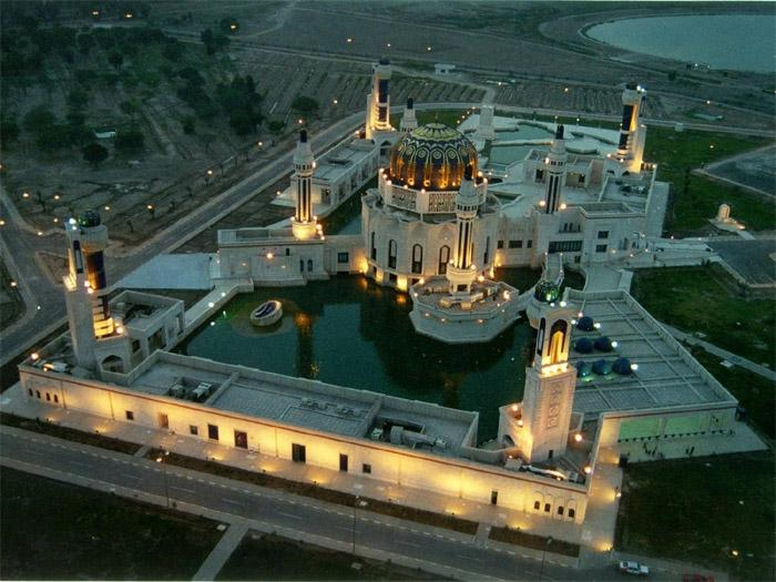 170098146 Masjid Saddam di Iraq