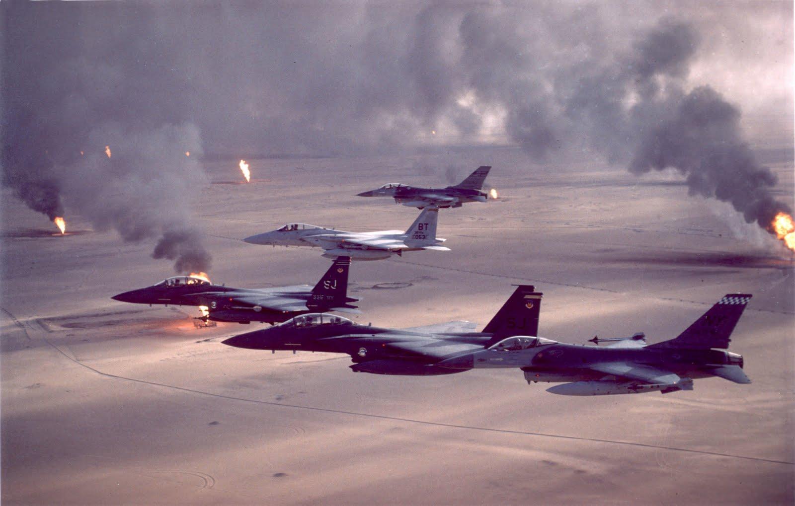 USAF F 16A F 15C F 15E Desert Storm pic Masjid Saddam di Iraq
