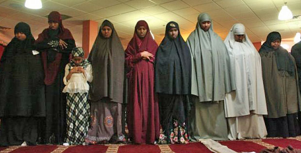 Women In Islam: The Right to Go to the Mosque