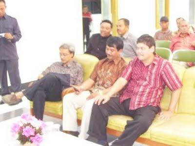 Ir. Supra Dekanto (YB1KKK), ..., Gatot Dewanto, SH. (YE1GD)