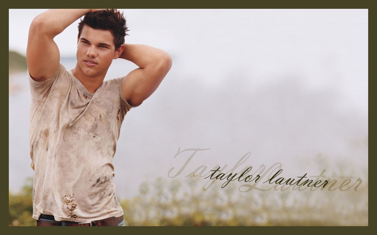 http://3.bp.blogspot.com/_v86pN0tym4k/TM6y6WfL3jI/AAAAAAAAES0/V2bRf6RHx6Y/s1600/Taylor-Lautner-twilight-series-16096308-1280-800.jpg