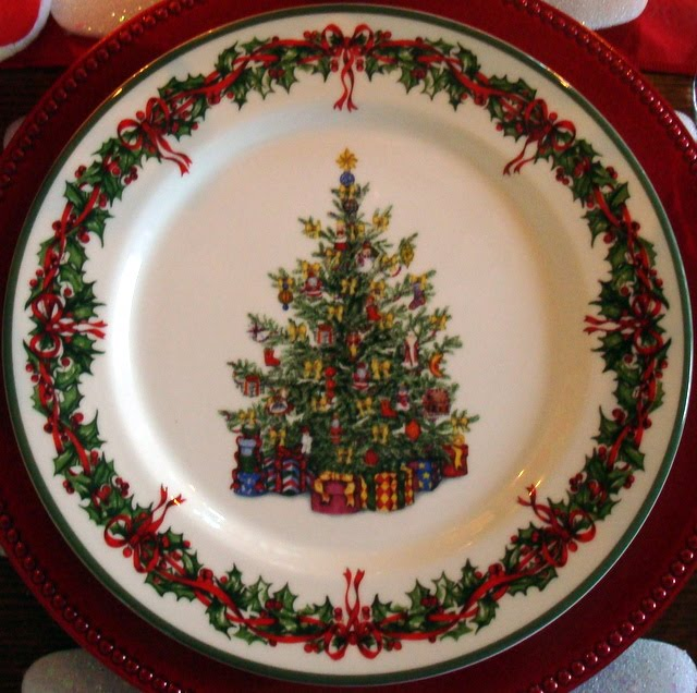 Starshine Chic Christmas Tablescape
