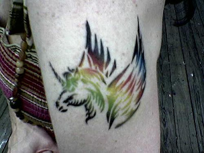 Tatuagem-cavalo-alado-unicórnio