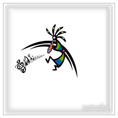 Interessante tattoo de Kokopelli ornado por uma pulseira tribal no tornozelo