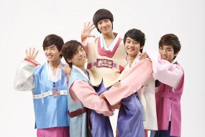 hanbok + stars in hanbok (its my bonus^^) Chuseok_shinee_hanbok