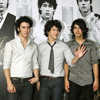 Jonas Show Theme Song Lyrics
