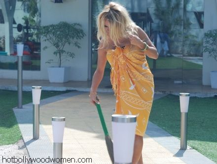 Pamela Anderson's Clean Up Act in Bigg Boss
