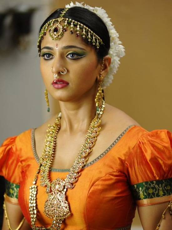 Anushka Shetty Latest Photos Traditional Look