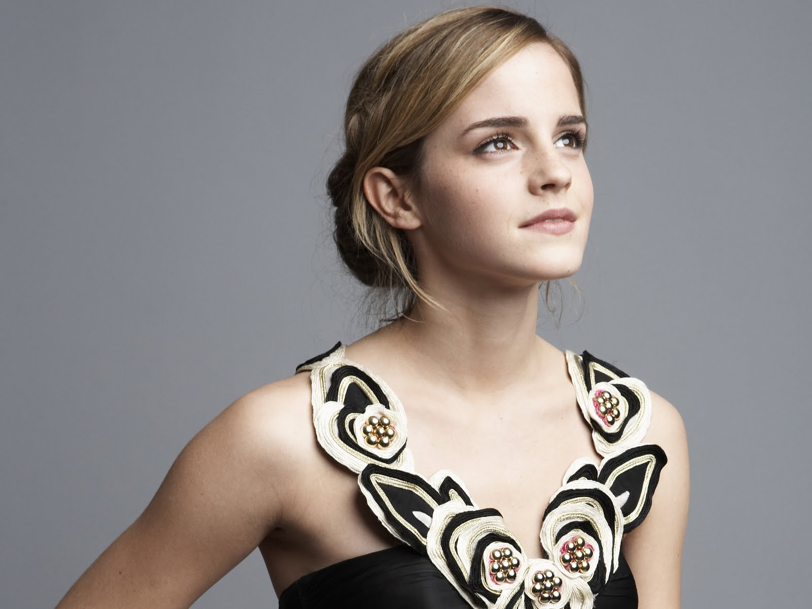 http://3.bp.blogspot.com/_vClfjdJc8Jk/TU0W3J8XhcI/AAAAAAAAFOA/dSJPKH-ozng/s1600/beautiful-emma-watson--Love-wallpapers-romantic-Creative-crazy%2Badvertisements-jagodunya-funny-pictures-2011-jago-dunya-cute-babies-indian-wallpapers-global-beena-malik-pictures-0.jpg
