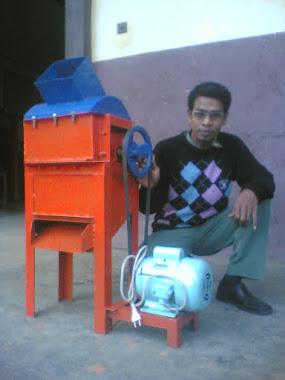 Mesin Pemecah Plastik