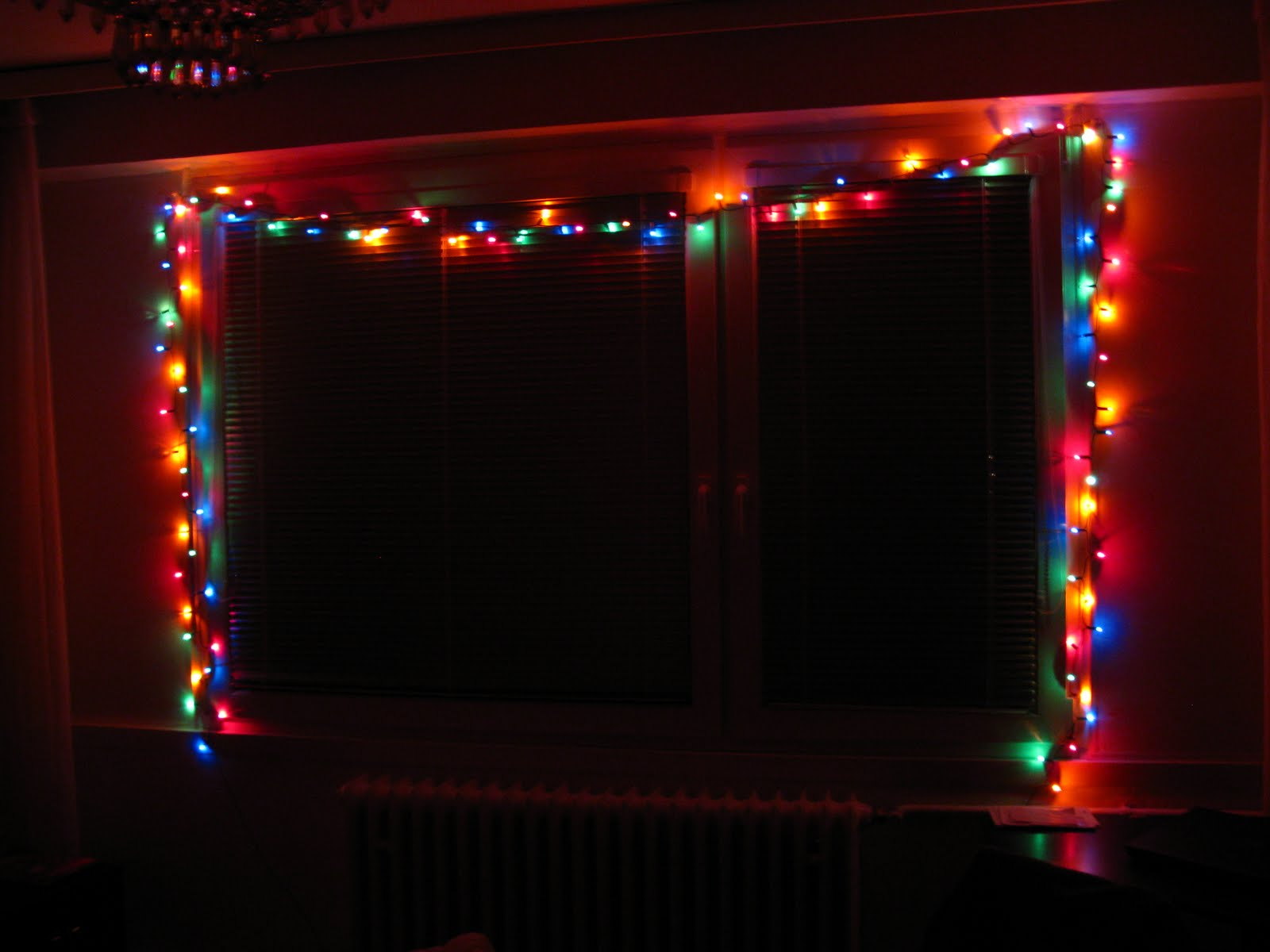 Shorten String Christmas Lights : You Only Live Once: November 2009