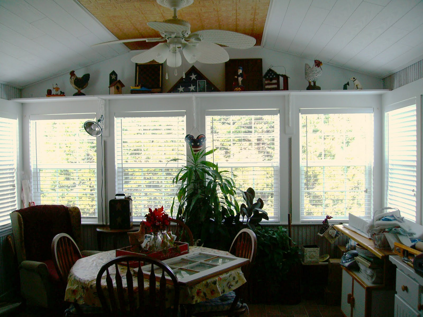 sharon 39 s wannabe cottage sunroom help