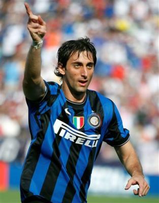 Qual seu time e jogador europeu preferido Diego-milito-inter