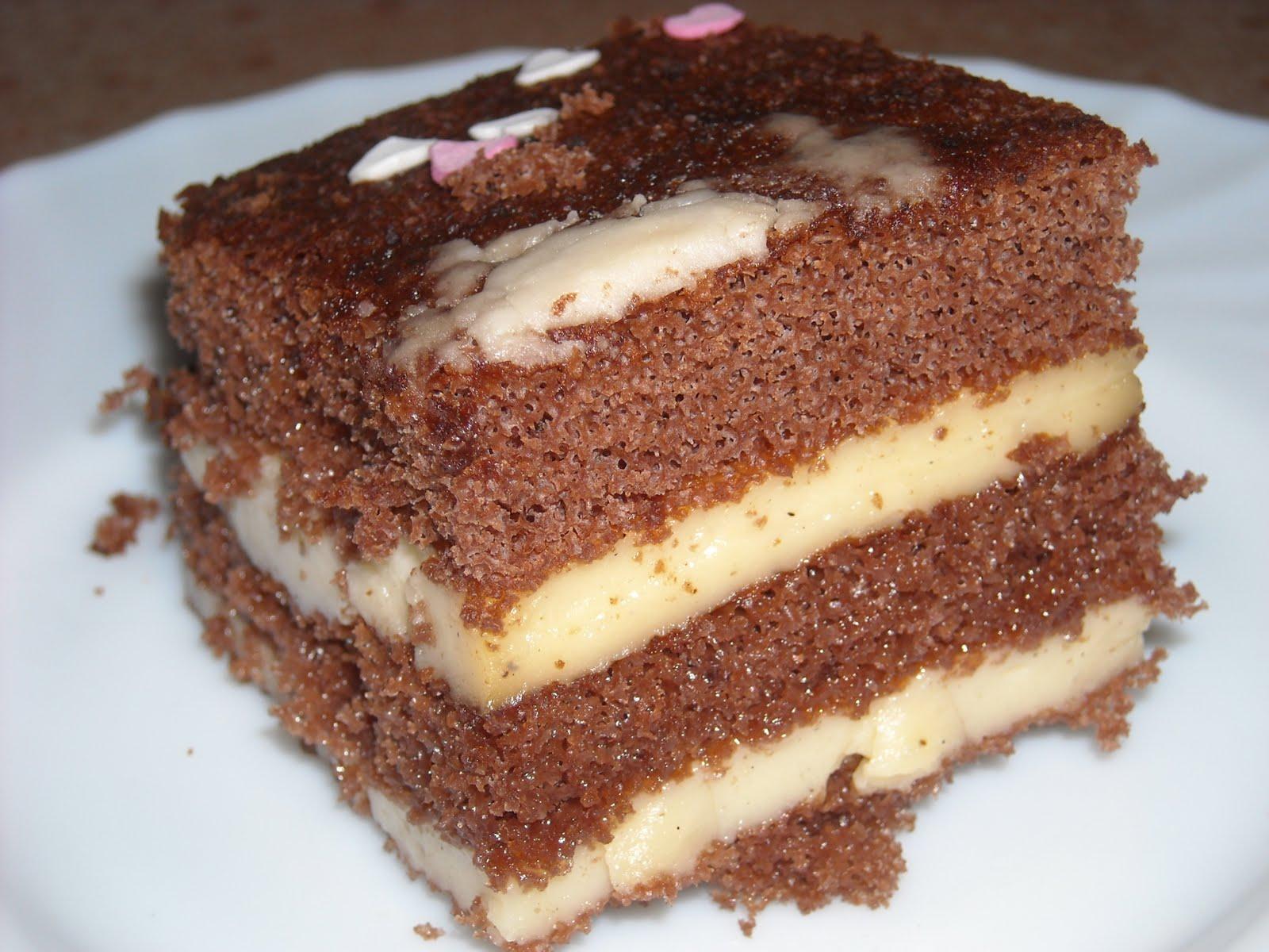 pastel de chocolate relleno de mascarpone yogur griego