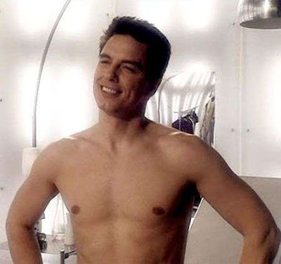 NEW TORCHWOOD TRAILER! SHIRTLESS JOHN BARROWMAN PHOTOS!
