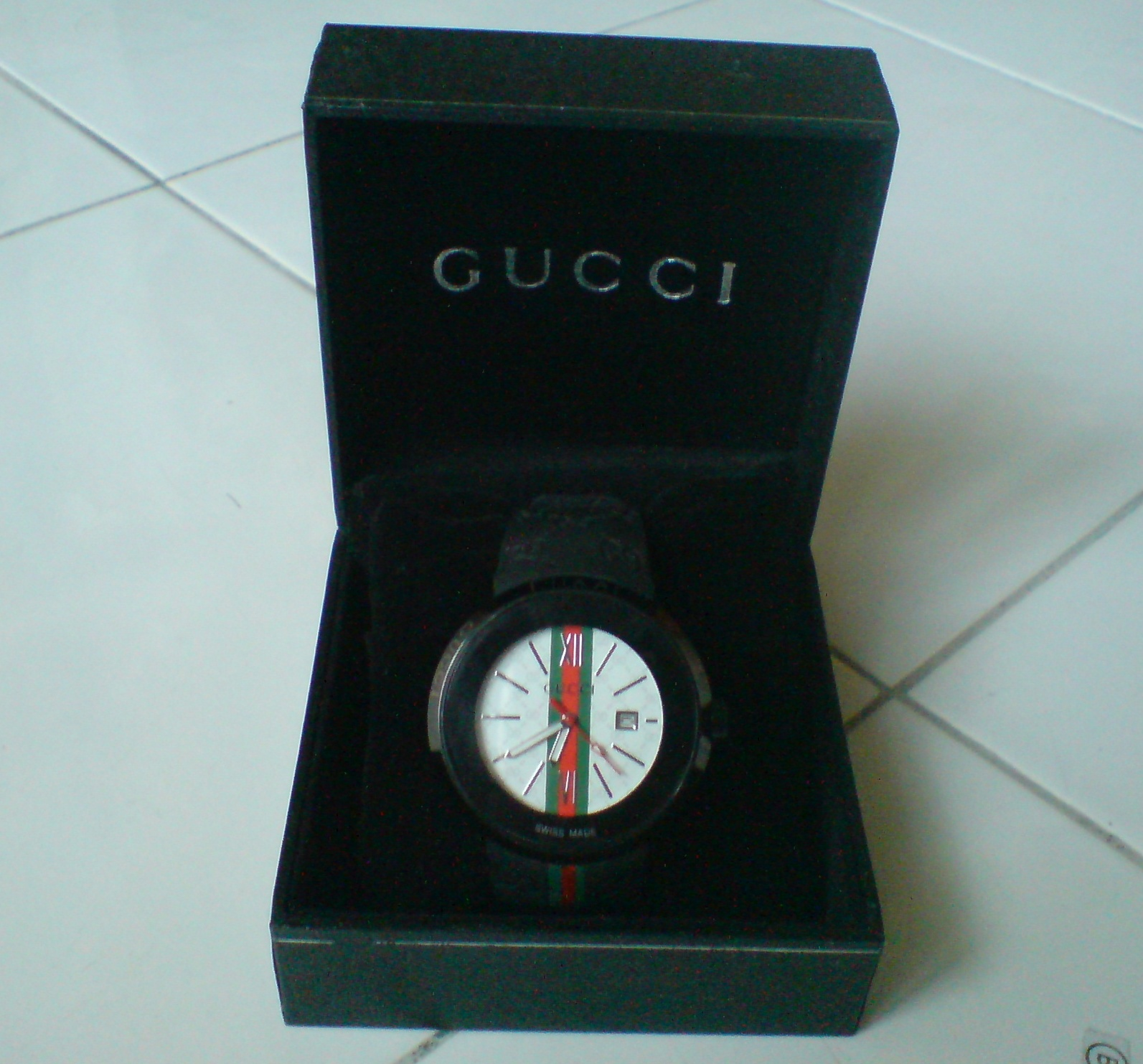 gucci 1142. gucci watch (sold out) 1142 r