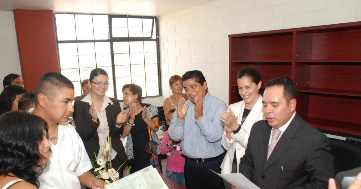Diario de ecatepec el alcalde inaugur dos oficinas del for Oficinas registro civil