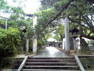 front approach to the main shrine or the outer shrine