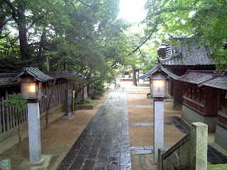 rear approach to the main shrine or the outer shrine