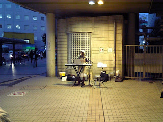 street singer in front of funabashi station