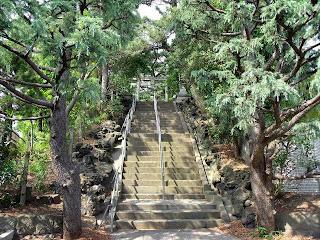stone stairs in yamano sengen jinja
