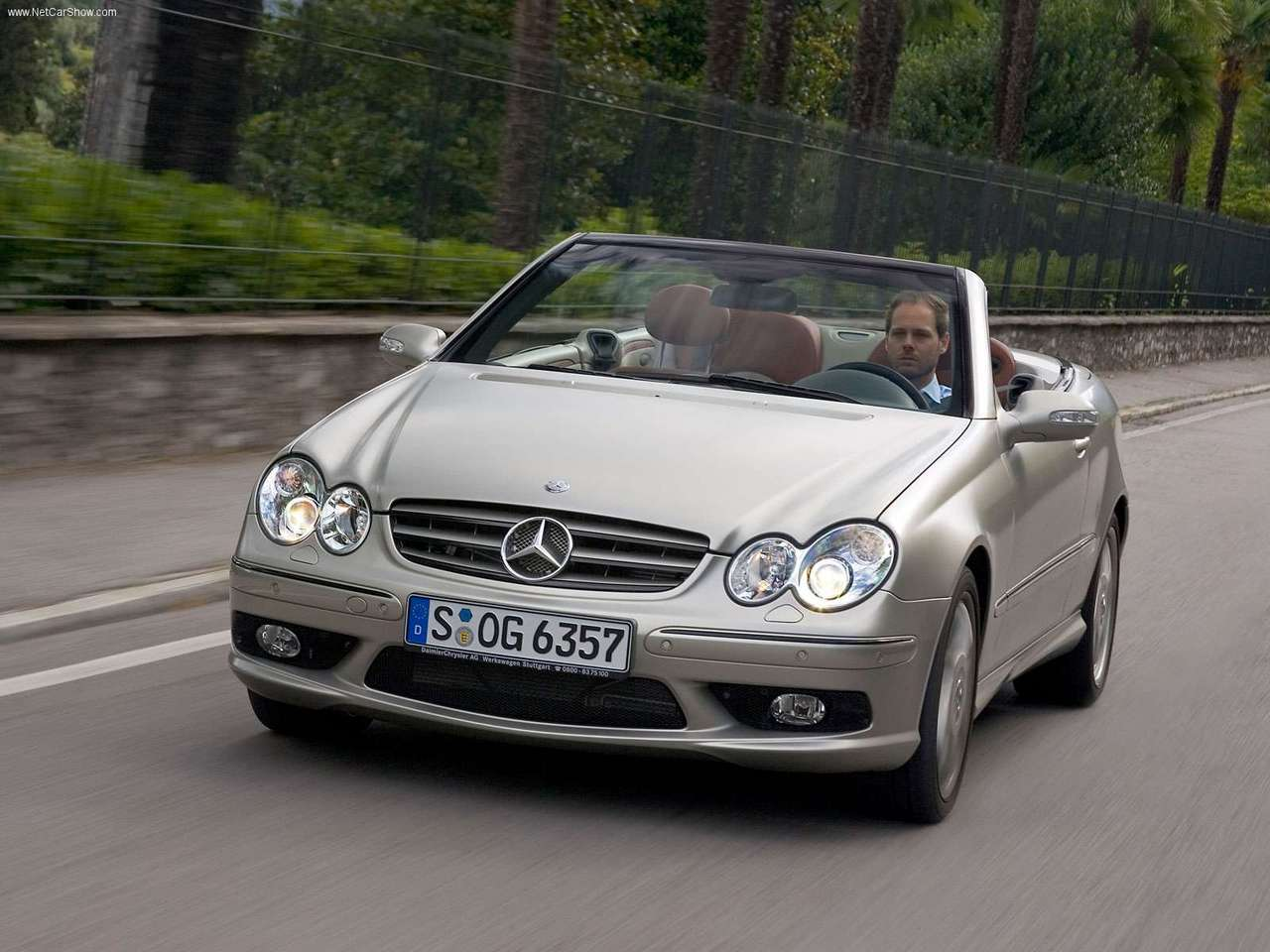 Mercedes Benz Auto twenty first century  2005 Mercedes Benz CLK