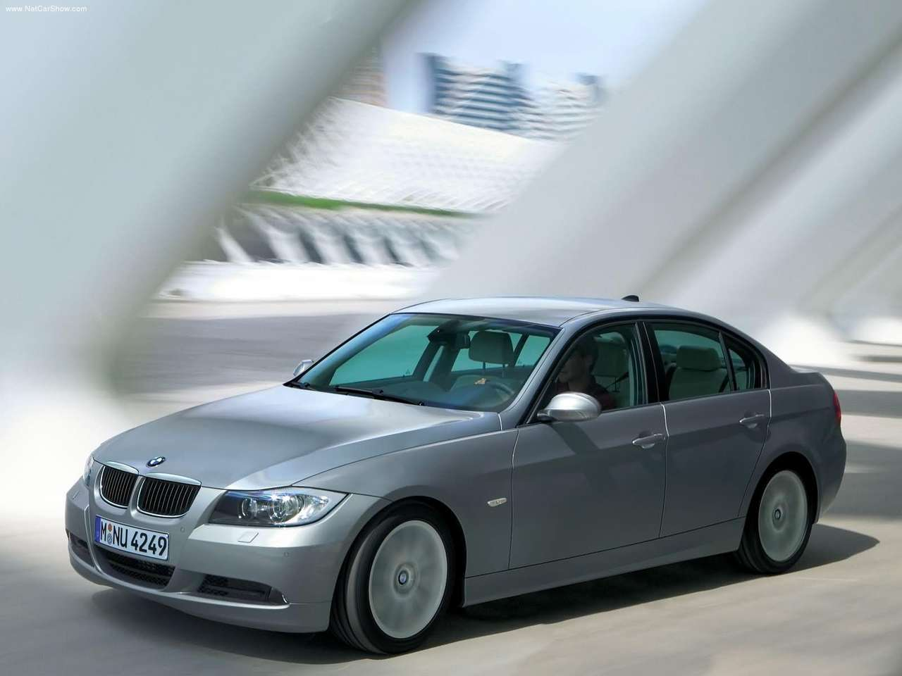 performance of cars: 2006 BMW 320d