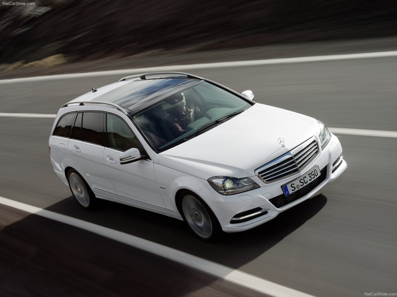 http://3.bp.blogspot.com/_vPMjJG-enrk/TRL_jMLeLlI/AAAAAAAADuo/myhpD_SyQR0/s1600/Mercedes-Benz-C-Class_2012_1280x960_wallpaper_09.jpg