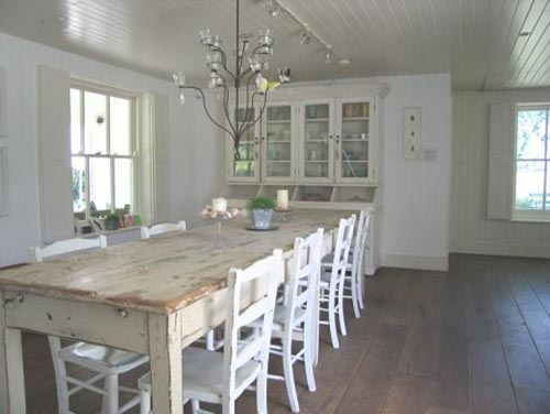 Beaches House Design Interiors Kitchens Tables  : new england style house dining room design from www.pinterest.com size 500 x 376 jpeg 27kB