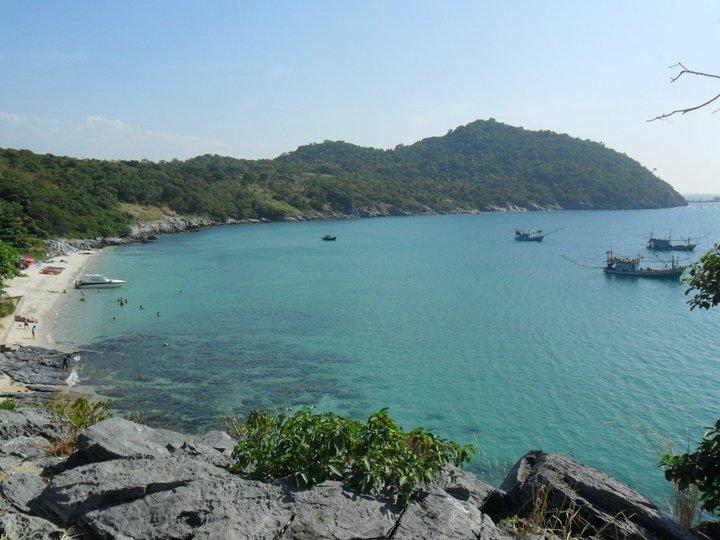 White Beaches In Thailand: Koh Si Chang