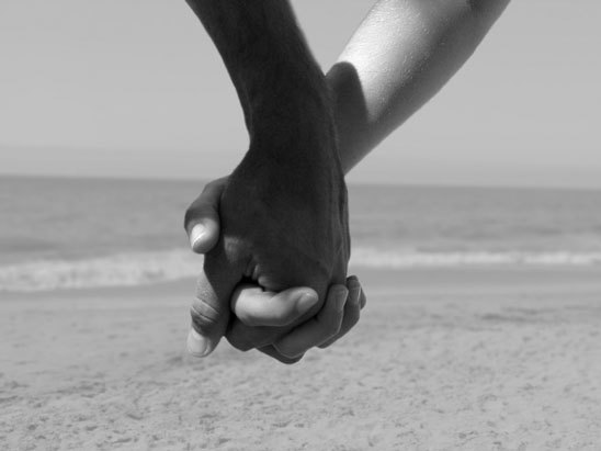 lovers holding hands wallpapers