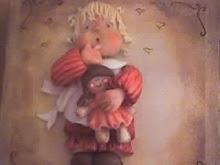 Bebê com boneca