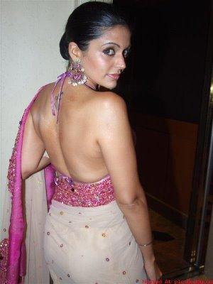 Hot Mandira Bedi Mandira Bedi Pics Photos Wallpapers glamour images