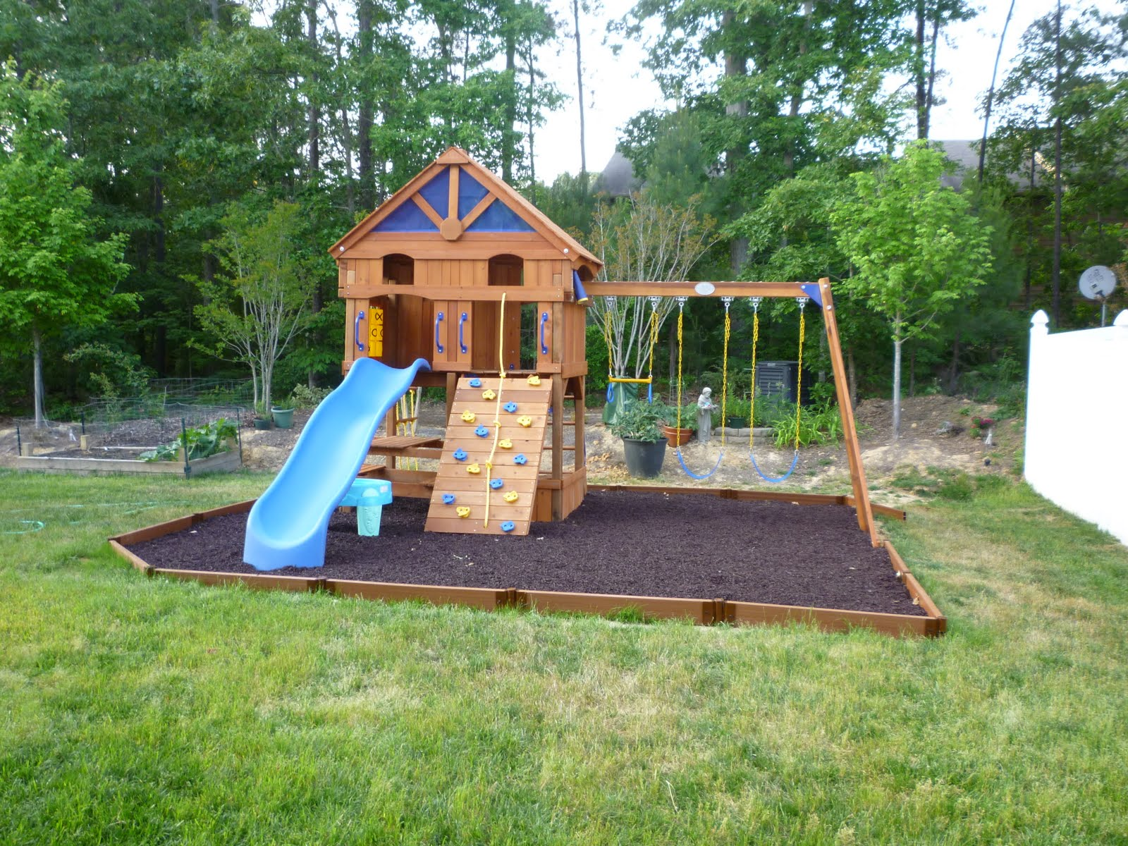 and here is the after photo of our very own backyard playground