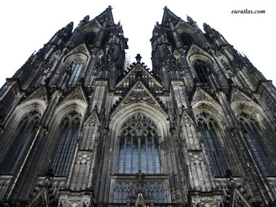 Gothic Art (12th Century To The 14th Century):