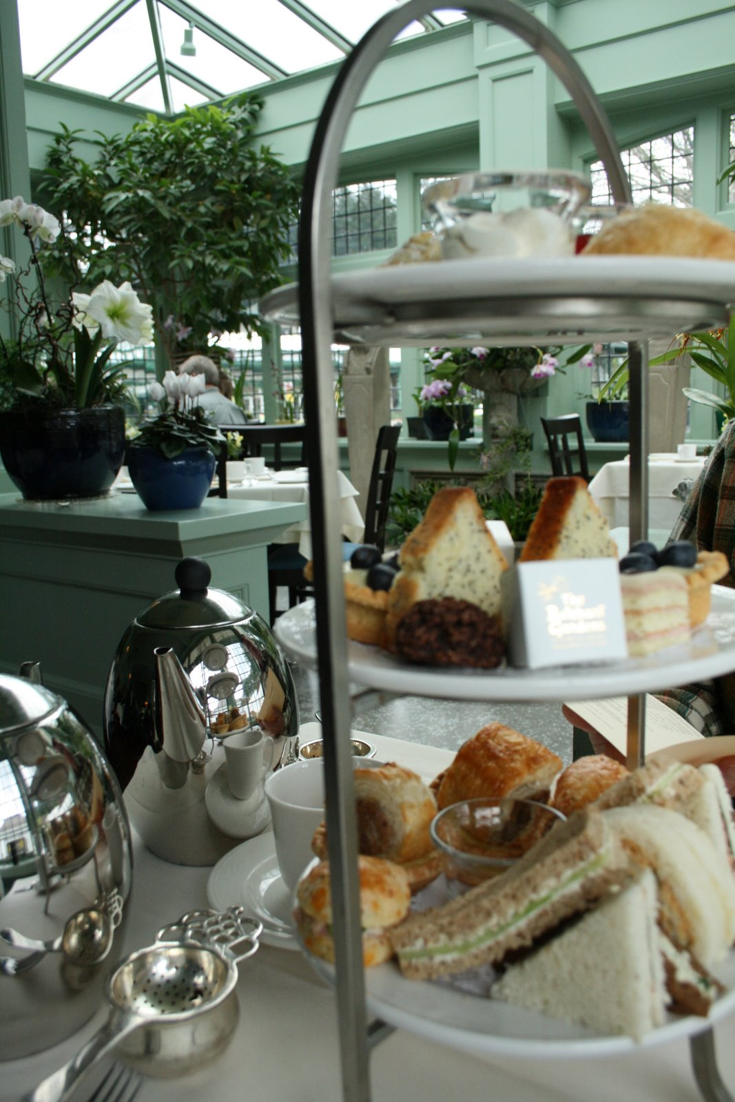 Delights Of The Heart Afternoon Tea At Butchart Garden