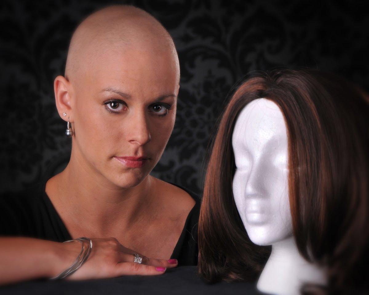 pokazala-rakom