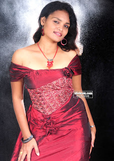 Sneha Priya Very Hot Boobs